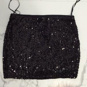 Forever 21 stretchy sequin mini skirt